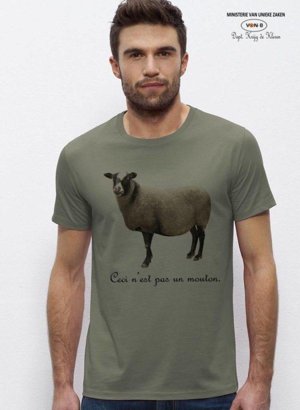 mouton-light-khaki-model-5.jpeg
